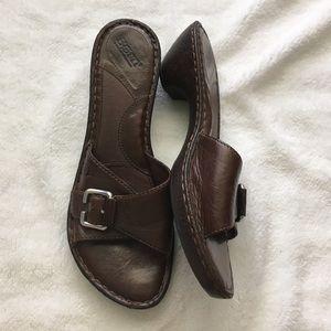Born brown leather slide sandals 11